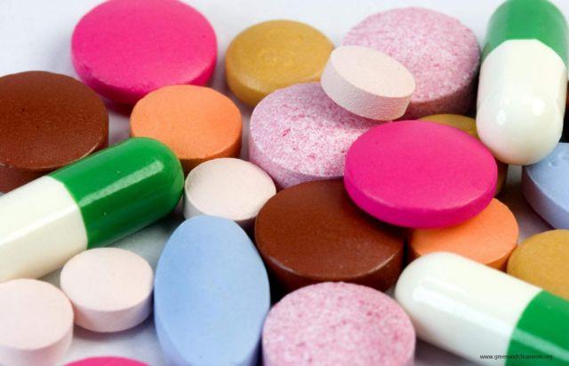 Ενας στους τρεις Ελληνες αποθηκεύει αντιβιοτικά για ώρα ανάγκης | tanea.gr
