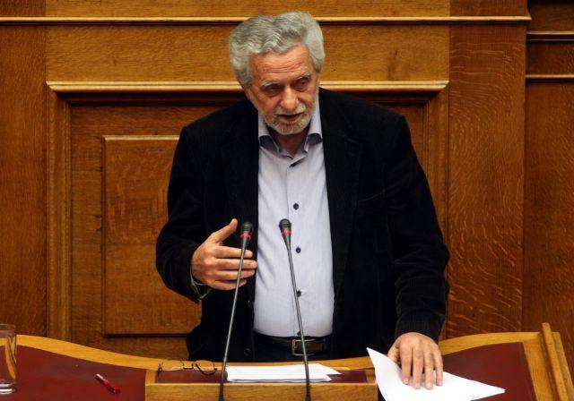 Διαβεβαιώσεις Δρίτσα για το πρόβλημα με τους πρόσφυγες στο Καστελλόριζο | tanea.gr