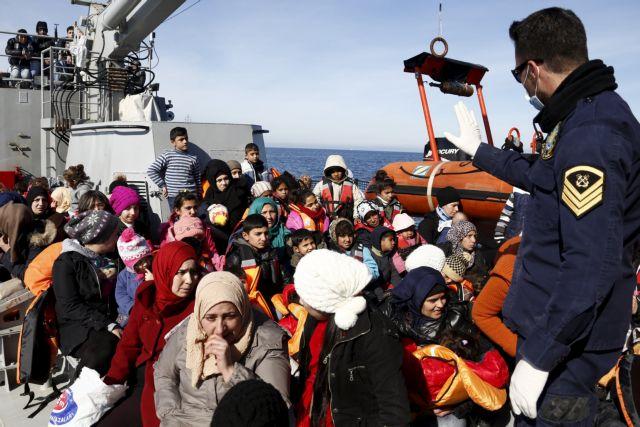 Financial Times: Επαναπροώθηση προσφύγων στην Ελλάδα επεξεργάζεται η Κομισιόν | tanea.gr