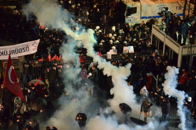 Η Ουάσιγκτον καλεί την Αγκυρα να σεβαστεί την ελευθερία του Τύπου | tanea.gr