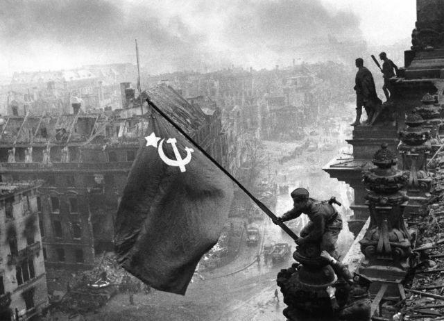 Οταν ο Χίτλερ πορευόταν προς την ήττα | tanea.gr