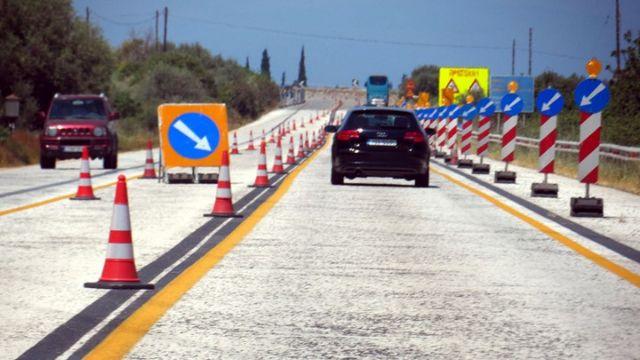 Κλειστή σήμερα για μια ώρα η εθνική οδός Αθηνών-Πατρών στην Ακράτα | tanea.gr
