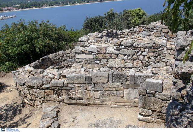 Κ.Σισμανίδης: Δεν έχω αμφιβολία ότι είναι ο τάφος του Αριστοτέλη | tanea.gr