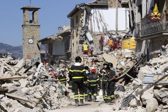 Ιταλία: Αμείλικτα ερωτήματα και επικρίσεις για τον μεγάλο αριθμό θυμάτων | tanea.gr
