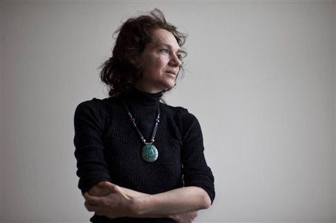 Η Ασλί Ερντογάν κρατείται «υπό φρικτές συνθήκες» στις τουρκικές φυλακές | tanea.gr