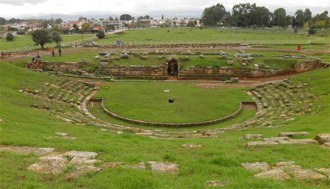 Εργασίες αποκατάστασης και συντήρησης του αρχαίου θεάτρου της Ερέτριας   tanea.gr