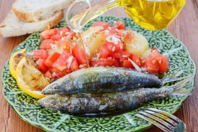 Καλύτερη η μεσογειακή διατροφή από τις στατίνες για την καρδιά | tanea.gr