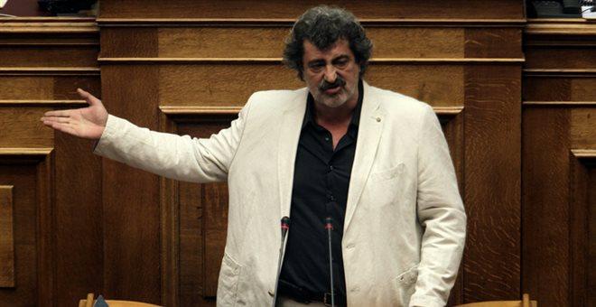Πυρά κατά Πολάκη για την επίθεση στη δημοσιογράφο που... τόλμησε να ρωτήσει | tanea.gr