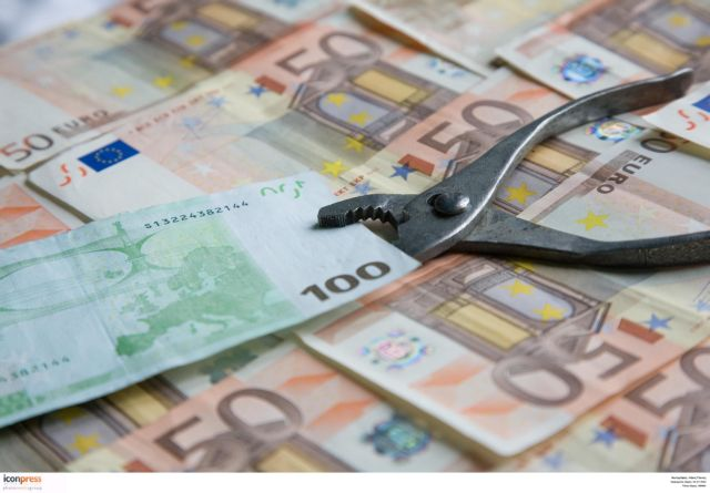 2000-2015: 348 δισ. ευρώ το εμπορικό έλλειμμα, 338 δισ. ευρώ το δημόσιο χρέος!   tanea.gr