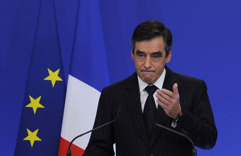 Γαλλία: Συντριπτική νίκη Φιγιόν στις προκριματικές εκλογές της κεντροδεξιάς | tanea.gr