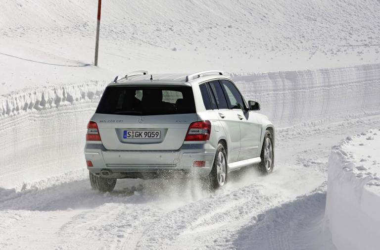 Οδήγηση στο Χιόνι: Τι πρέπει να γνωρίζετε για το ταξίδι | tanea.gr