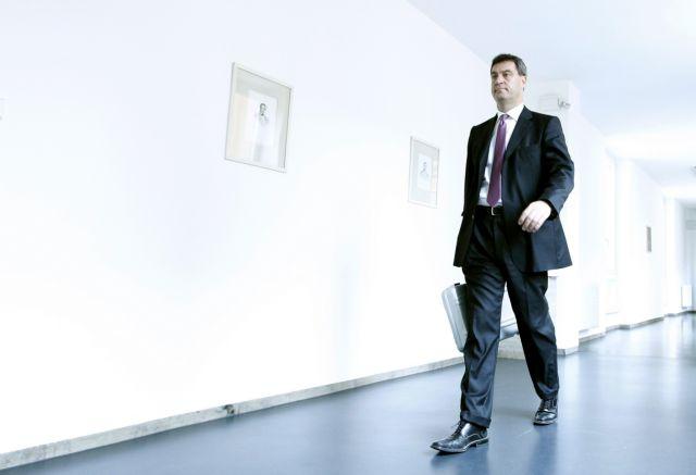 «Η Ελλάδα δεν θα αντέξει στην ευρωζώνη», λέει ο βαυαρός υπουργός Οικονομικών   tanea.gr
