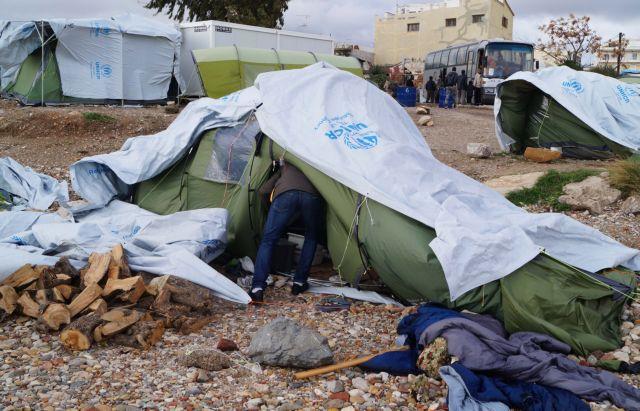 Αυτοπυρπολήθηκε Σύρος μετανάστης στη Χίο   tanea.gr