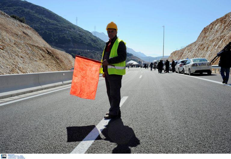 Κυκλοφοριακές ρυθμίσεις από 26-31 Μαρτίου στην εθνική Κορίνθου-Πατρών | tanea.gr