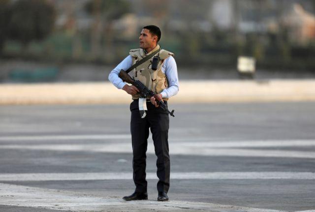 Αίγυπτος: Αστυνομικοί σκότωσαν τέσσερις άνδρες κατά τη διάρκεια ανταλλαγής πυρών   tanea.gr