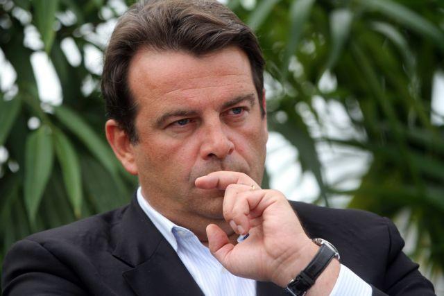 Μία ακόμη απώλεια για τον Φιγιόν - παραιτήθηκε ο εκπρόσωπός του | tanea.gr