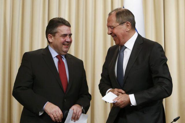 Κίνδυνο νέας κούρσας εξοπλισμών με τη Ρωσία βλέπει ο γερμανός ΥΠΕΞ   tanea.gr