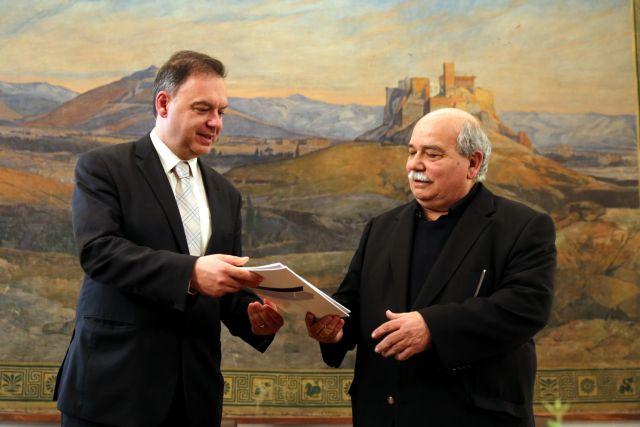 Βούτσης: Λύση με μακρόπνοη στόχευση για την ελληνική οικονομία | tanea.gr