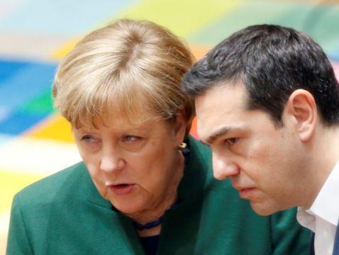 Μέρκελ: Αλέξη μου, μαθαίνω ότι κλείνουν όλα!   tanea.gr