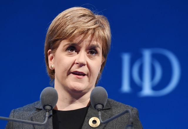 Νέο δημοψήφισμα πριν από το Brexit επιδιώκει η Σκωτία | tanea.gr
