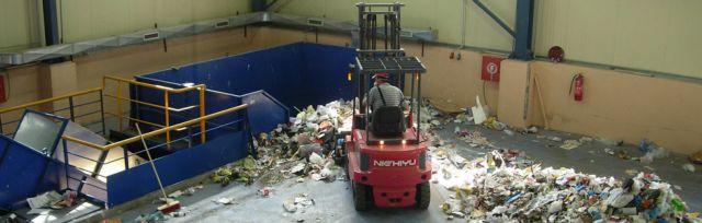 Λάρισα: Βρέφος λίγων εβδομάδων βρέθηκε νεκρό μέσα σε σκουπίδια   tanea.gr