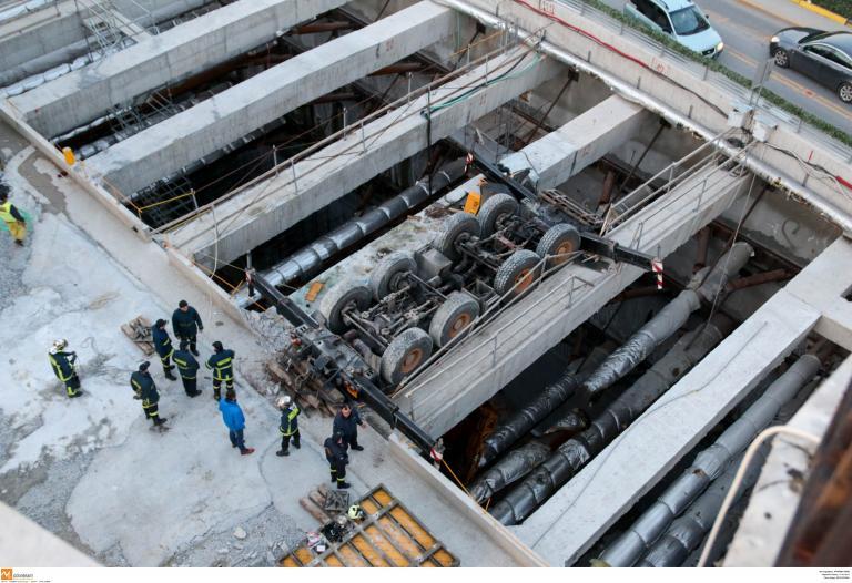 Νεκρός χειριστής γερανού σε εργοτάξιο του μετρό στη Θεσσαλονίκη   tanea.gr