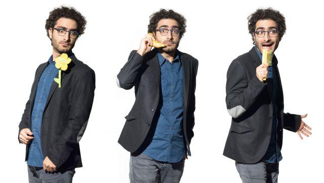 Λάμπρος Φισφής: «Όταν το stand up comedy είναι καλό ο θεατής γελάει έξι με οκτώ φορές το λεπτό»   tanea.gr