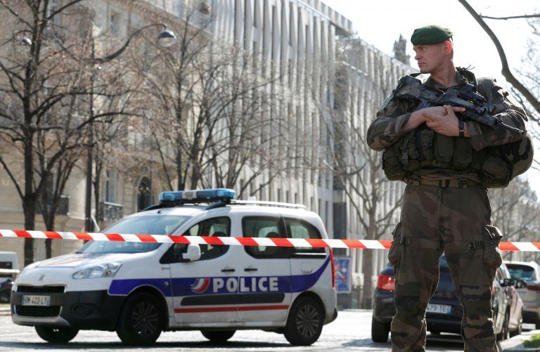Γαλλία: Ανοιχτή γραμμή με την ΕΛ.ΑΣ μετά την έκρηξη στο ΔΝΤ   tanea.gr