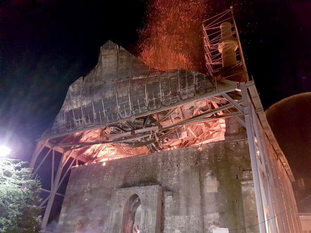 Αμεση αποκατάσταση της ζημιάς στο τέμενος Βαγιαζήτ ζητούν οι αρχαιολόγοι   tanea.gr
