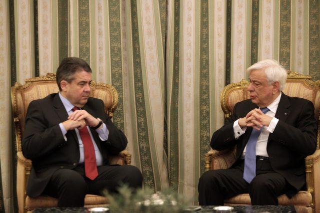 Μήνυμα Παυλόπουλου - Γκάμπριελ υπέρ της ευημερίας στην Ευρώπη   tanea.gr