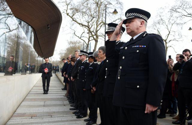 «Περιθωριακή προσωπικότητα», γνωστή στις Αρχές ο δράστης της επίθεσης στο Λονδίνο | tanea.gr