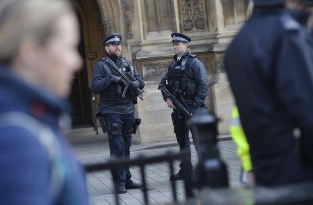 Καταδικάζει την επίθεση στο Λονδίνο η σύζυγος του δράστη | tanea.gr
