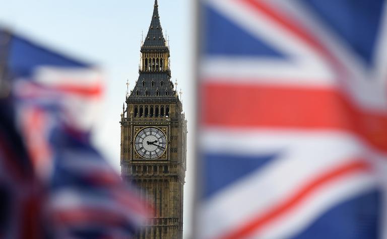 Bloomberg: Στις 22 Μαΐου ίσως ξεκινήσουν διαπραγματεύσεις για το Brexit   tanea.gr