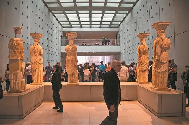 Στο Μουσείο της Ακρόπολης ο ινδός κροίσος Λακσμί Μιτάλ | tanea.gr