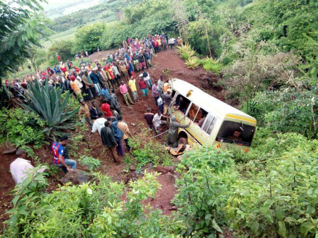 Τανζανία: 35 νεκροί σε τροχαίο δυστύχημα με σχολικό λεωφορείο   tanea.gr
