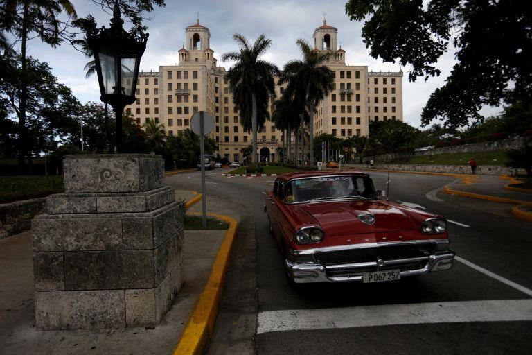 Παγώνουν τα σχέδια του Χόλιγουντ για την Κούβα | tanea.gr