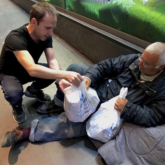 Κοντά στους άστεγους της πρωτεύουσας η «Αποστολή»   tanea.gr
