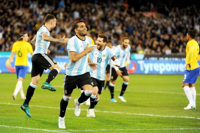 Φιλική νίκη της ανανεωμένης Αργεντινής κόντρα στη Βραζιλία   tanea.gr