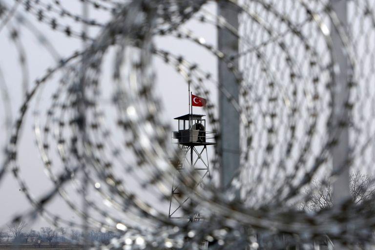 SZ: «Η Τουρκία κατασκοπεύει πρώην δικούς της στρατιωτικούς»   tanea.gr