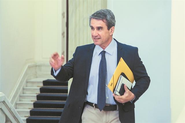 Ο Λοβέρδος άνοιξε τα χαρτιά του   tanea.gr