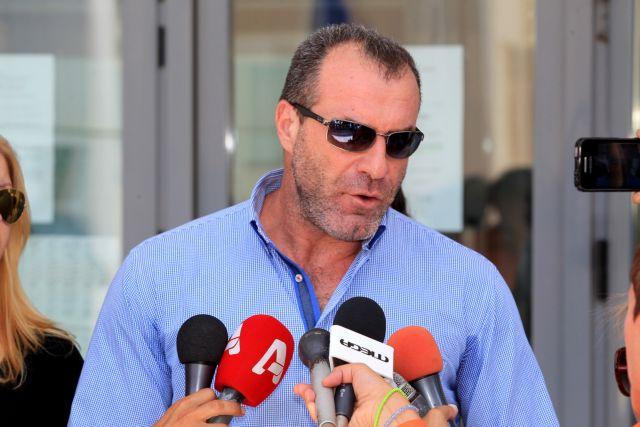 Ανεξαρτητοποιήθηκε ο βουλευτής της ΧΑ Νίκος Μίχος | tanea.gr