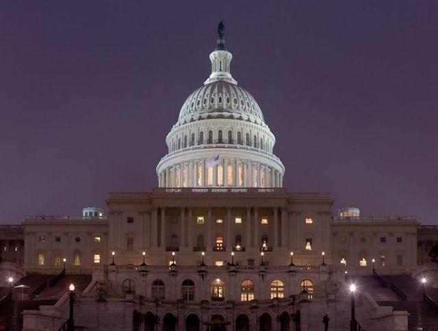 ΗΠΑ: Η Γερουσία ενέκρινε αύξηση στρατιωτικών δαπανών κατά $700 δισ. | tanea.gr