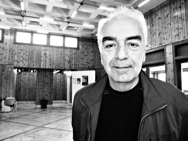 «Στην Ελλάδα, τα σημαντικά πράγματα γίνονται στις αποκλίσεις»   tanea.gr
