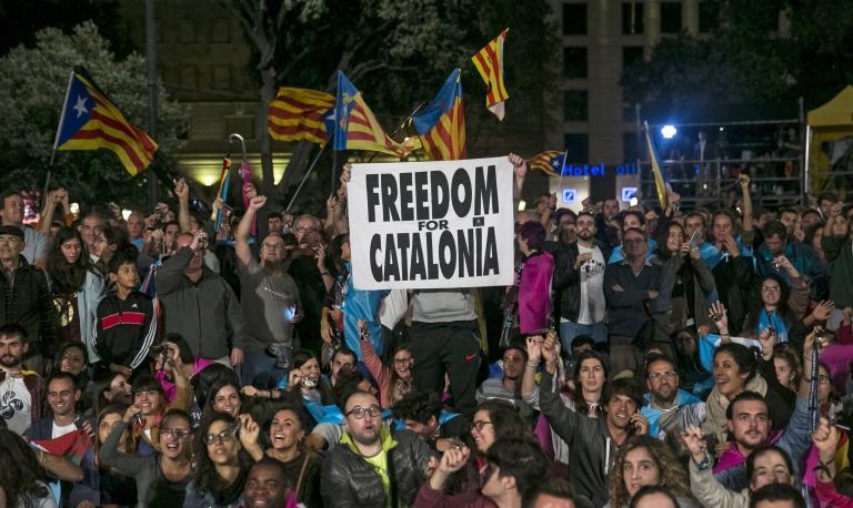 Καταλωνία: Το 90% ψήφισε υπέρ της ανεξαρτησίας, στο 42,3% η συμμετοχή   tanea.gr