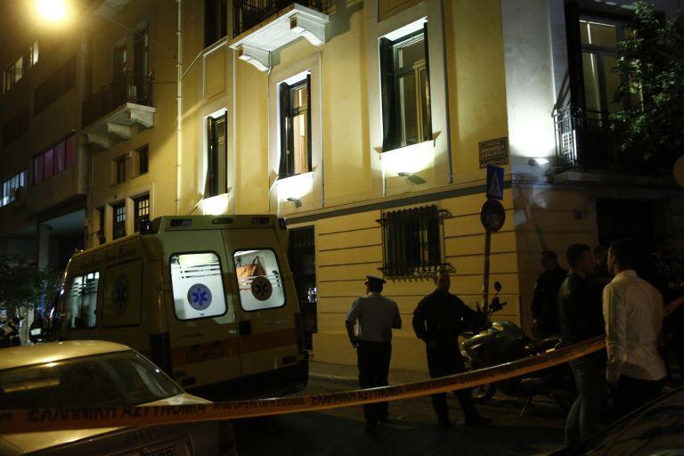 Δολοφονία Ζαφειρόπουλου: Ο ένας απομάκρυνε τον υπάλληλο και ο άλλος πυροβόλησε | tanea.gr