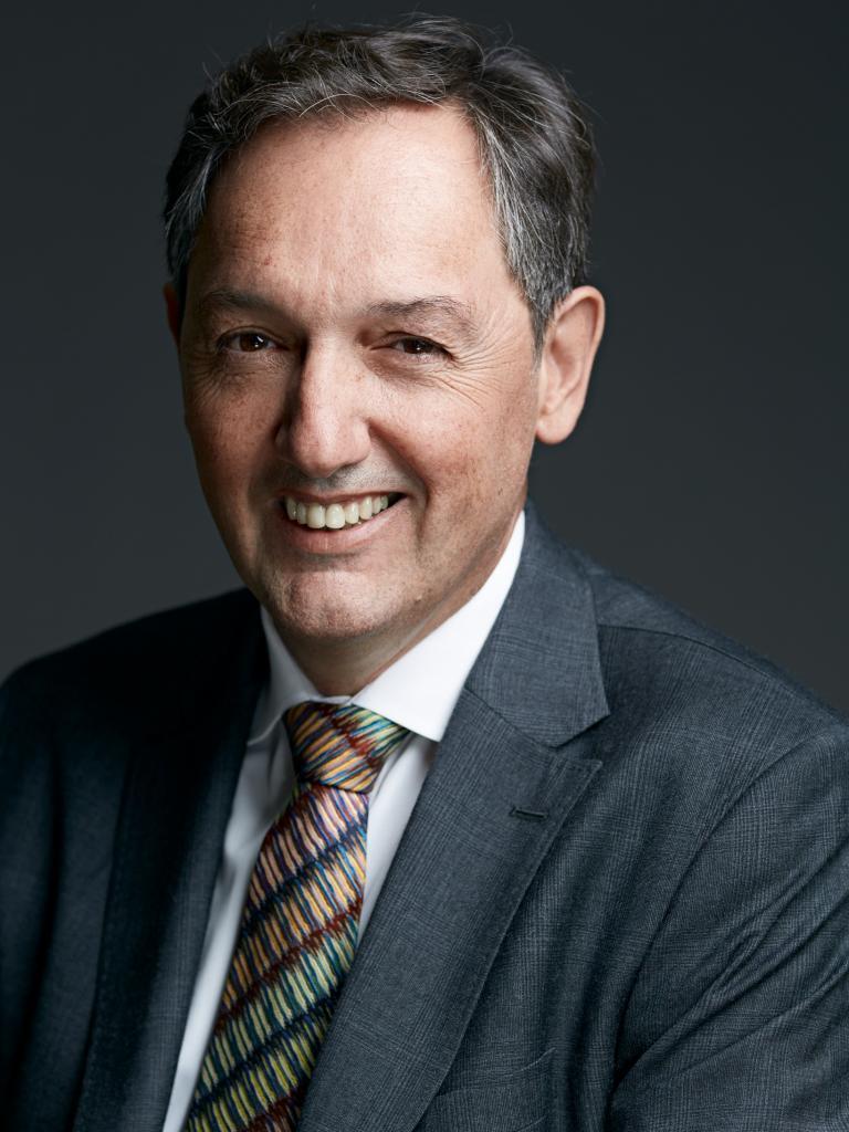 Ο Νίκος Μαρτίνος επικεφαλής δημοσίων σχέσεων στην Kosmocar ΑΕ | tanea.gr