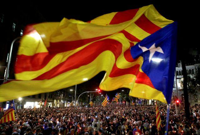 Πουτζντεμόντ: Αν η Μαδρίτη αναστείλει την αυτονομία, θα κηρύξουμε ανεξαρτησία | tanea.gr