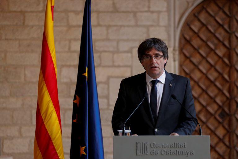 Καταλωνία: Δεν προκηρύσσει εκλογές ο Πουτζντεμόν | tanea.gr