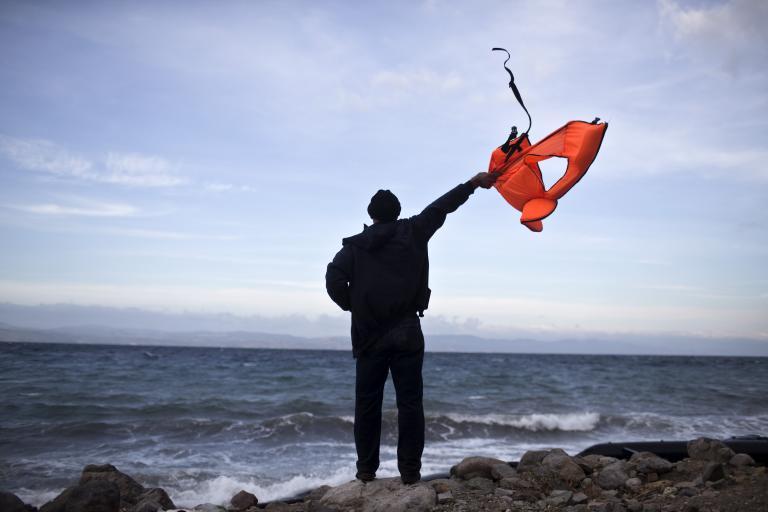 Διαστάσεις πολιτικού θρίλερ λαμβάνει η τραγωδία στη Λέσβο | tanea.gr