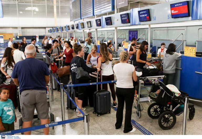 Ρεκόρ επιβατικής κίνησης στα ελληνικά αεροδρόμια | tanea.gr